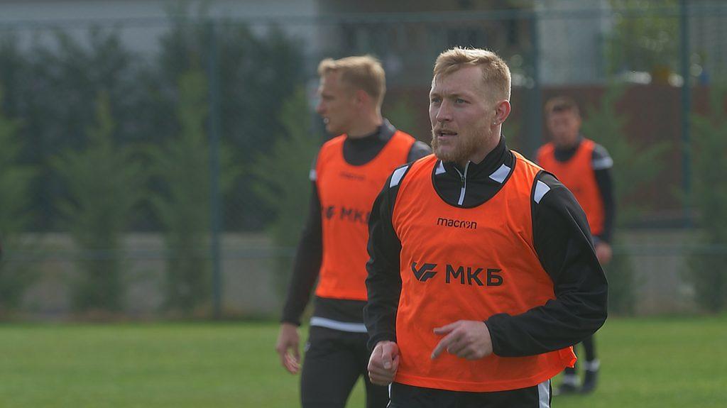 Валерий Кичин приехал на сборы в Белеке. Защитник национальной сборной Киргизии будет тренироваться с «Торпедо».
